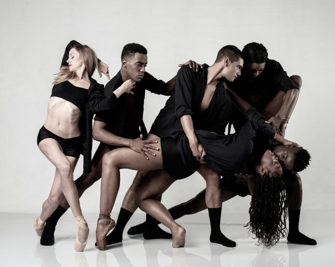 Joburg Ballet_members of the company in c1_Photo Lauge Sorensen_med res