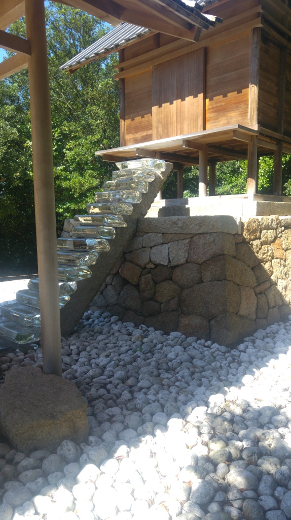 shrine's glass stairway (2)