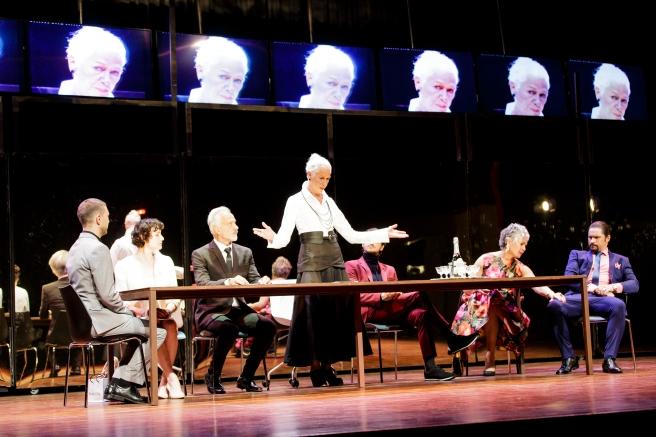Koningin Lear with from left: Wilhelm  van der Walt, Rolanda Marais, André Roothman, Antoinette Kellermann, Edwin van der Walt,, Anna-Mart van der Merwe and Neels van Jaarsveld