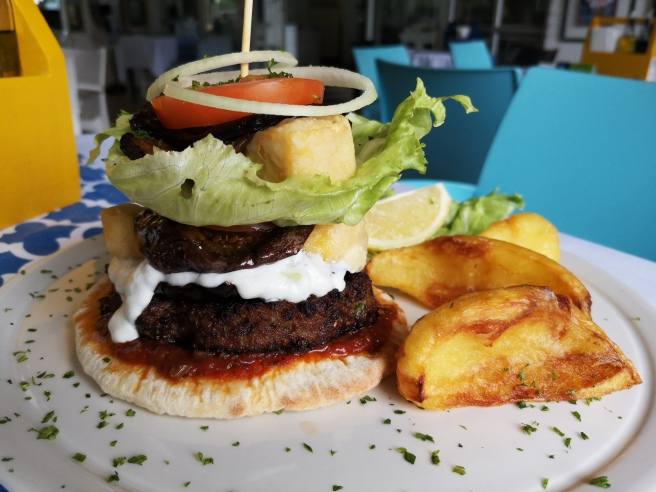 Stavvie's Greek Burger